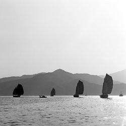 KMBW-5  4 junks off Fa Tau Mun - 1975